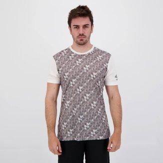 Camiseta Umbro TWR Plaid Branca