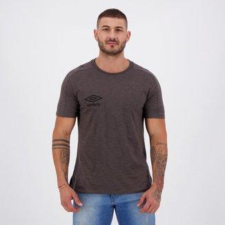 Camiseta Umbro TWR Wide Chumbo Mescla