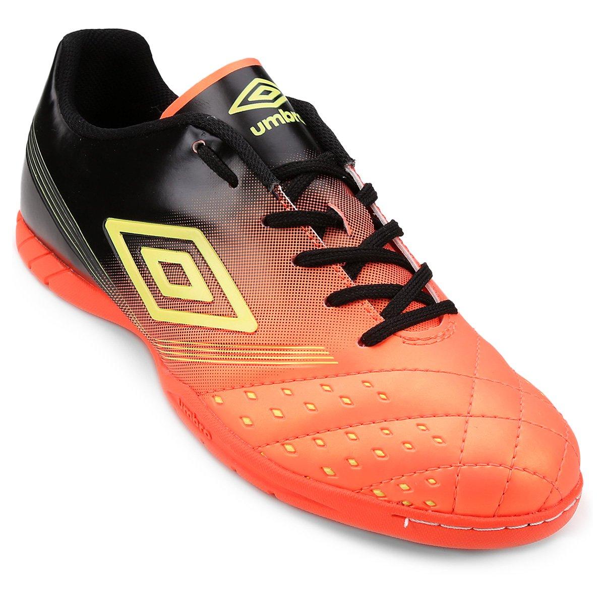 cc23aed639 Chuteira Futsal Umbro Fifty - Preto e Laranja - Compre Agora
